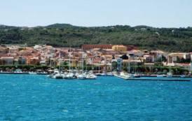 TRASPORTI, Riduzione tariffe non residenti nelle isole: 400mila euro per La Maddalena e Carloforte