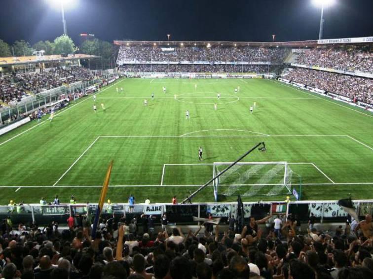 CALCIO, Uno schiaffo meritato al Cagliari, sconfitto a Cesena per 2-0