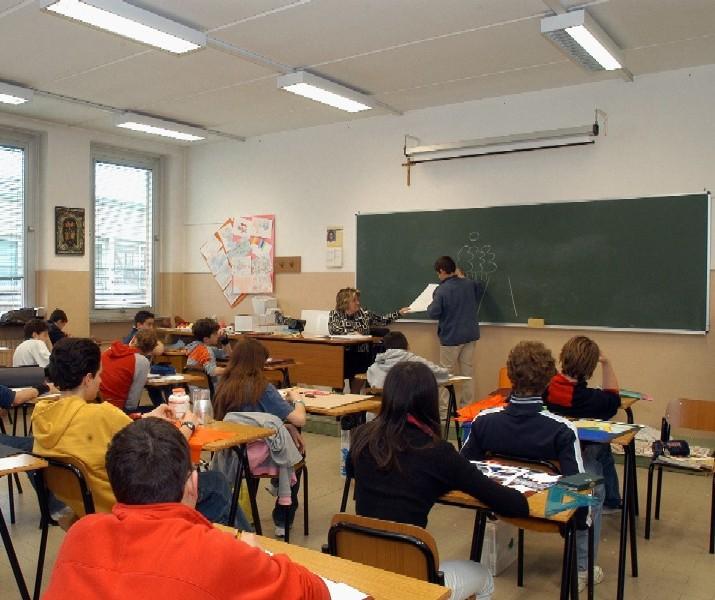 """ISTRUZIONE, Pittalis e Peru (FI): """"Le ultime parole fumose della Giunta Pigliaru sulla scuola"""""""