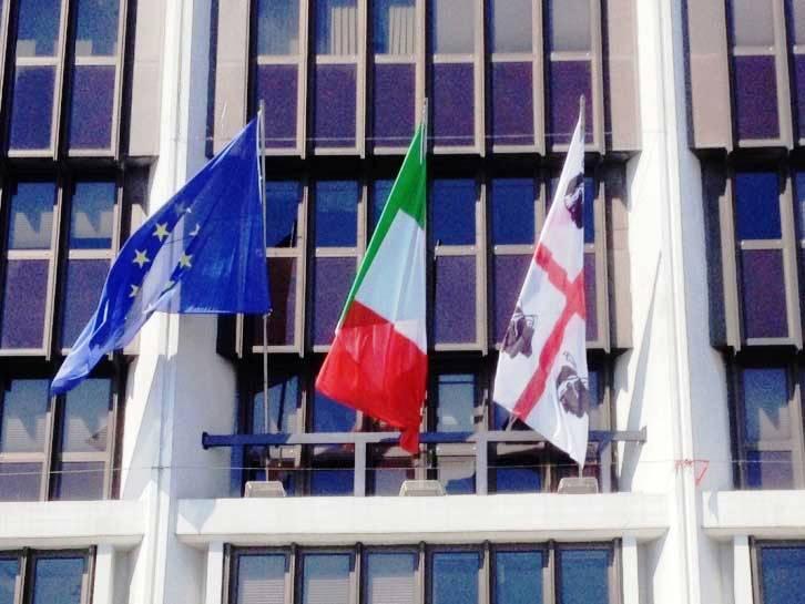 consiglioregionale_bandiere