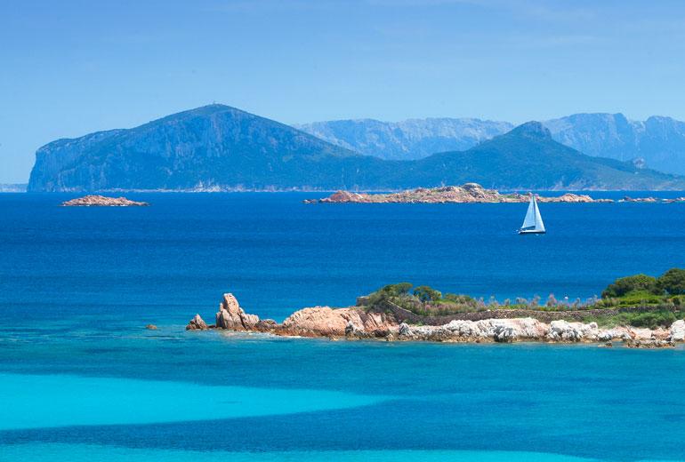 COSTA SMERALDA, Ambientalisti contro i due nuovi alberghi di Sardegna Resort