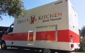 GASTRONOMIA, Devil's kitchen: lo 'street food' a quattro ruote in giro per l'Isola