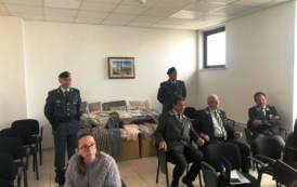 OLBIA, Capi di abbigliamento sequestrati donati in beneficenza dalla Guardia di Finanza alla Caritas