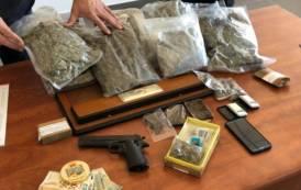 OLBIA, Appartamento disabitato deposito con oltre 2,5 chili di marijuana e hashish: arrestato 20enne rumeno