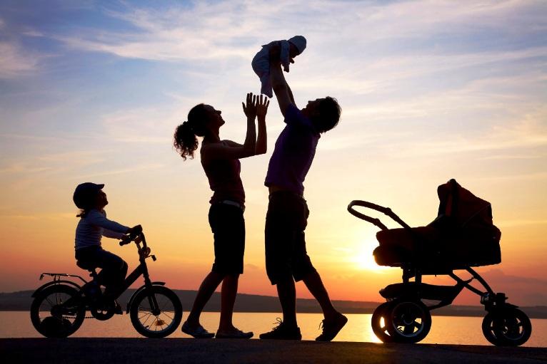 Anche in Sardegna la politica deve farsi carico del 'problema famiglia' e senza indugi (Gabriella Mameli)