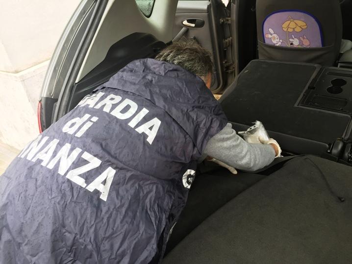 PORTO TORRES, Arrestati due cagliaritani con 4,5 chilogrammi di cocaina