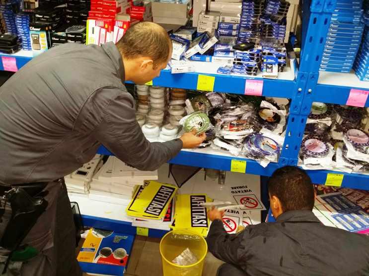 SESTU, Sequestrati oltre 41.000 articoli privi dei requisiti di conformità e sicurezza in un negozio gestito da cinesi