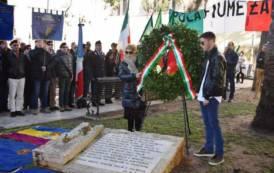 CAGLIARI, Celebrata la memoria dei 'Martiri delle Foibe'. Targa del Parco imbrattata