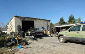 PISCINAS, Scoperta officina abusiva per smaltimento illegale di rifiuti: denunciato 64enne di Carbonia