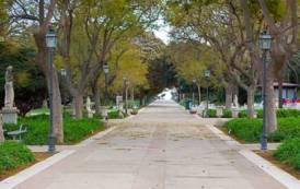 CAGLIARI, Maleducazione e vandali nei Giardini pubblici: attivare un controllo nel parco con un guardiano