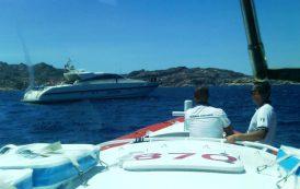 CAPRERA, Recuperato uno yacht alla deriva con otto persone a bordo