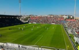 CALCIO, Un Cagliari imbarazzante resuscita anche il Genoa (2-3)