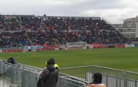 CALCIO, Vittoria-toccasana del Cagliari sulla Spal (2-0): un gol per tempo