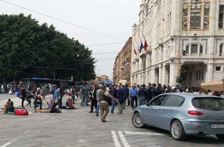"""Tonelli (Sap) scrive al ministro Alfano: """"Immigrazione e sbarchi in Sardegna, situazione sta sfuggendo di mano"""""""