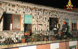 SANLURI, Incendio in un appartamento di via Azuni (VIDEO)