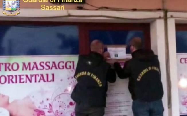 OLBIA, Chiuso un centro massaggi gestito da un cinese (VIDEO)