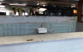 """CAGLIARI, Mercato di via Quirra. Maxia (FdI): """"Regna il degrado: box vuoti e operatori abbandonati"""""""