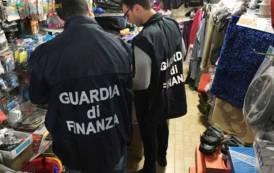 SARDEGNA, Contrasto ad abusivismo commerciale e sicurezza prodotti: sequestrati 7.138 a Cagliari e Pula