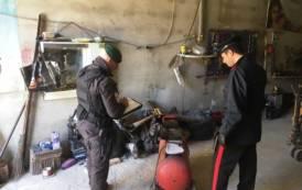 MONSERRATO, Carabinieri e Guardia di finanza scoprono e sequestrano due officine meccaniche abusive