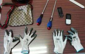 NURAMINIS, In fuga dopo un tentato furto in appartamento: arrestati due minorenni rom