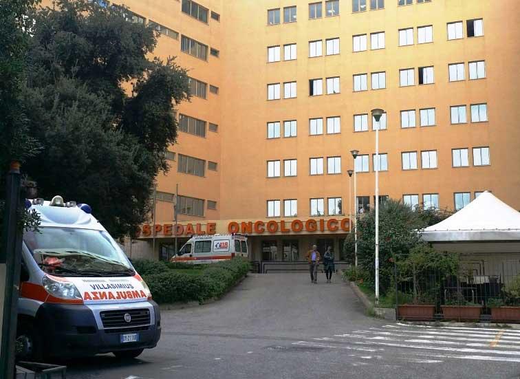 L'odissea per un controllo dermatologico all'oncologico Businco di Cagliari (Michele Pudda)