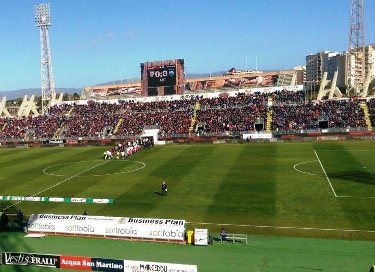 """CALCIO, Il Cagliari visto da un tifoso della Curva: """"Un successo davanti a 16.000 spettatori da serie A"""""""