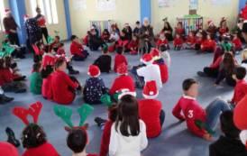 PIMENTEL, Bambini cristiani e musulmani insieme per festeggiare Natale con canti natalizi e danze arabe