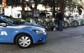 """CAGLIARI, Atto vandalico contro biciclette del """"Bike sharing"""" in piazza Matteotti: denunciati tre 20enni di Elmas"""