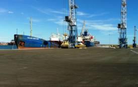 """CAGLIARI, Porto Canale. Assessore Zedda: """"Impegno per contrastare attuale incertezza e rilanciare attività del porto industriale"""""""
