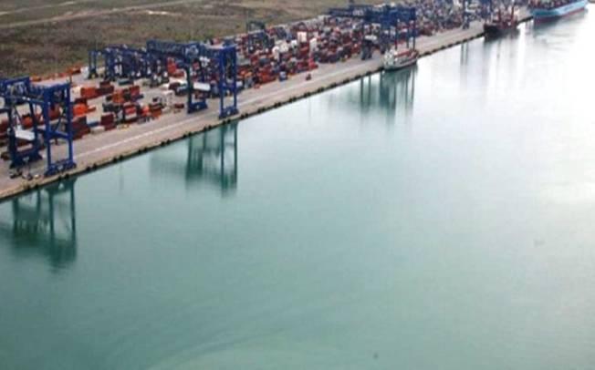 Porto canale di Cagliari: doveva essere simbolo e traino della rinascita economica e industriale (Nicola Silenti)
