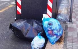 """CAGLIARI, Raccolta rifiuti. Comune: """"Intensificati controlli della Municipale"""". Mannino: """"Il cittadino è un suddito"""""""