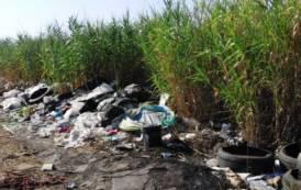 SELARGIUS, Segnalata al Comune discarica con rifiuti di ogni genere (IMMAGINI)