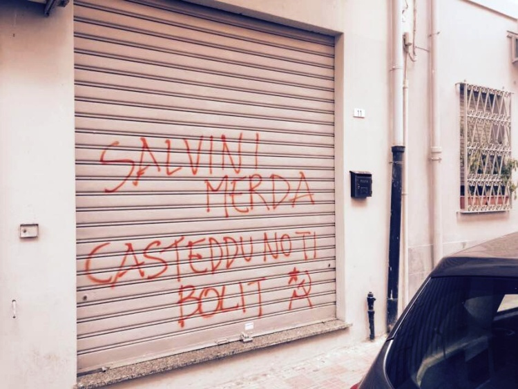 CAGLIARI, L'11 febbraio arriva Salvini per inaugurare la sede, gli 'antagonisti' si mobilitano: scritte nella sede di Fratelli d'Italia