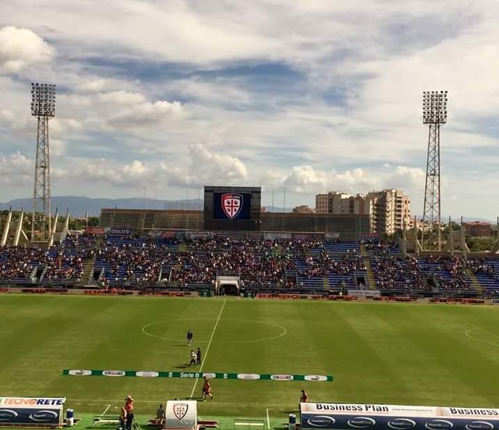 CALCIO, Prova di forza del Cagliari: 3-1 al Cesena e primato solitario riconquistato