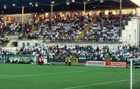 CALCIO, La rovesciata di Sau consegna al Cagliari partita e campionato: 2-1 a Vercelli