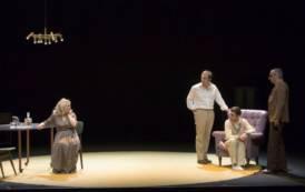 """CAGLIARI, Al Teatro Massimo arriva la commedia """"Lunga giornata verso la notte"""""""