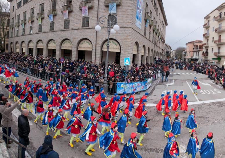 TEMPIO PAUSANIA, Dal 4 al 9 febbraio il Carnevale Tempiese 2016