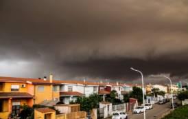 ISTANTANEA, Il cielo di Uta annuncia il temporale