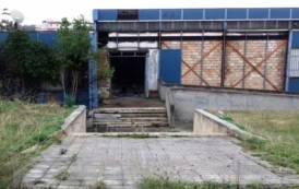 CAGLIARI, Quale futuro per l'ex Circoscrizione di via Cinquini, ormai in completo stato di abbandono?