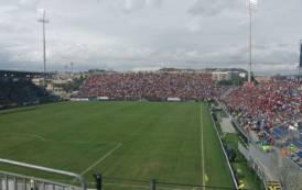 CALCIO, Sardegna Arena battezzata con i 3 punti: Cagliari-Crotone 1-0