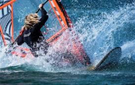 """SANTA TERESA GALLURA, Dal 30 maggio al 3 giugno nella baia di Porto Liscia """"Sardinia freestyle cup"""" di windsurf"""