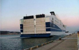 IMMIGRAZIONE, Mentre nel Sulcis sbarcano 100 algerini, 50 già espulsi mettono a soqquadro una nave Tirrenia
